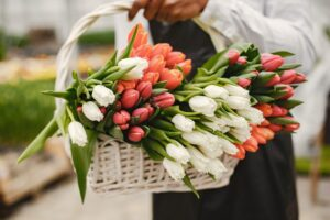 Read more about the article How to Make Mother's Day Flowers Last