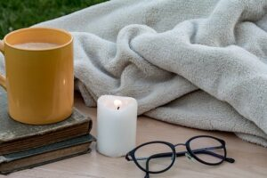 Read more about the article Eight Ways to Make a No-Sew Fleece Blanket